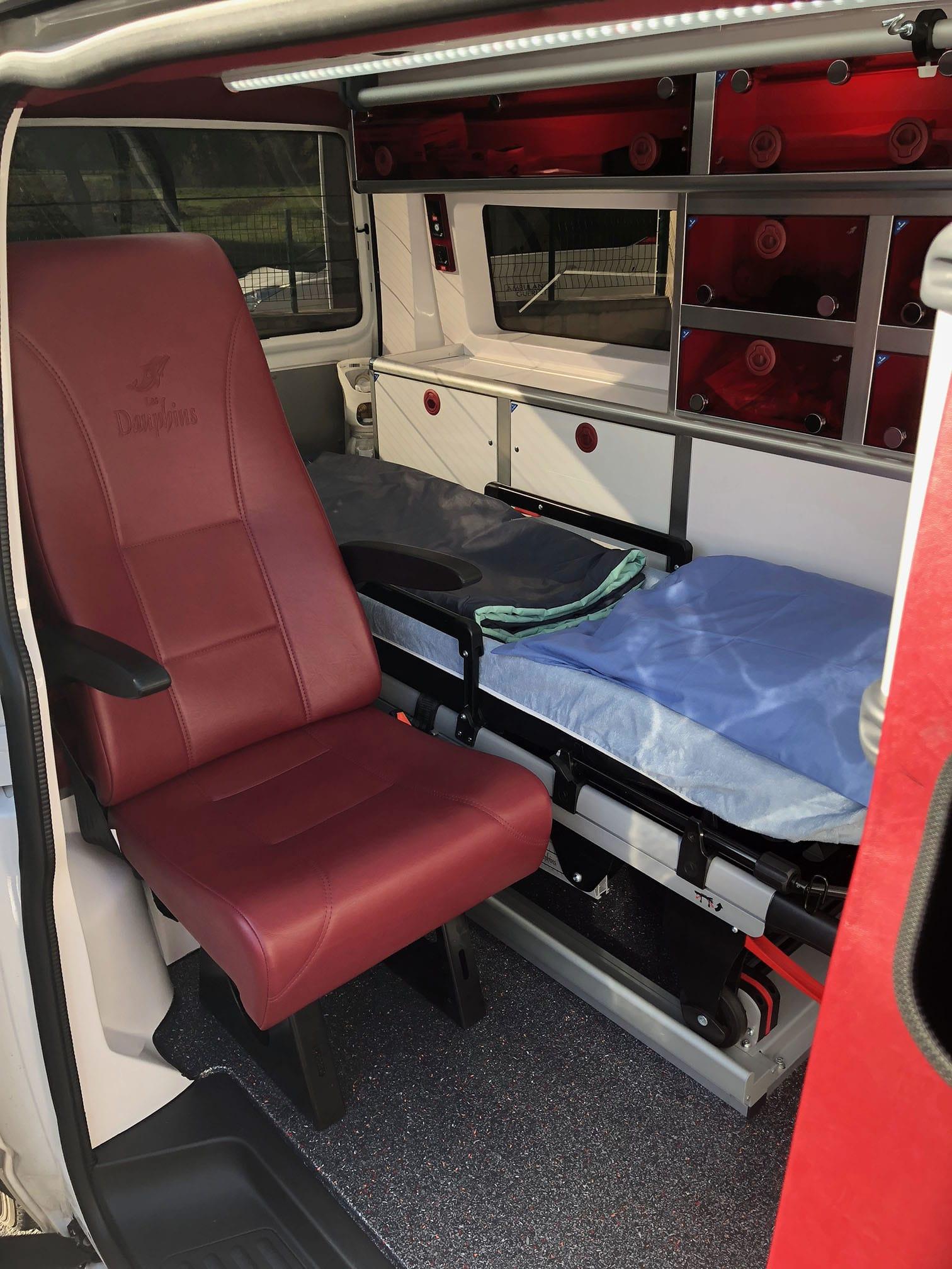 brancard et matériel médical de l'ambulance guerlet